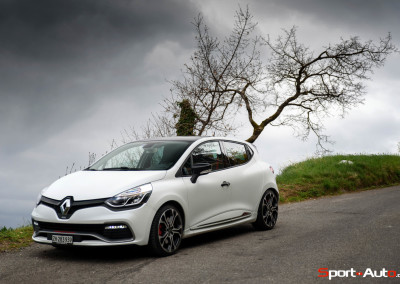 Renault-Clio-RS-Trophy-2