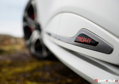 Renault-Clio-RS-Trophy-7