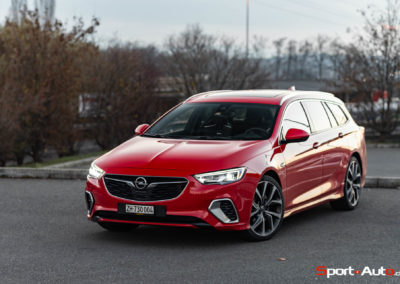 Opel-Insignia-Sports-Tourer-GSI-42