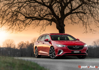 Opel-Insignia-Sports-Tourer-GSI-44
