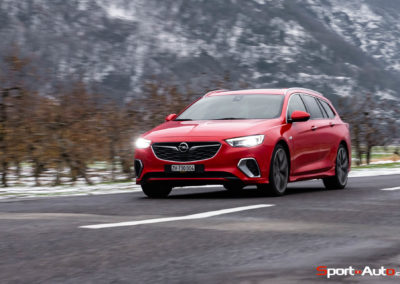Opel-Insignia-Sports-Tourer-GSI-62