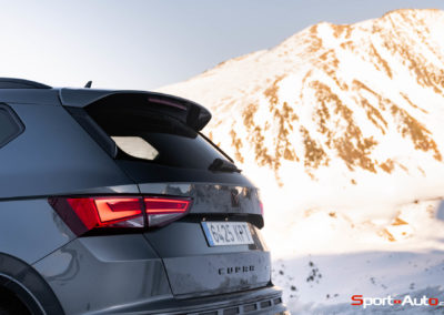 Cupra-Ateca-Snow-Driving-Mike-38