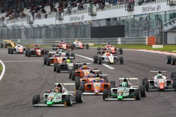 ADAC Formel 4 – Marvin Dienst wins first race after the summer break