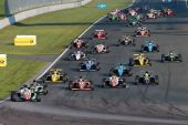 ADAC Formel 4 – Battle of the title contenders: Joel Eriksson wins ahead of Marvin Dienst