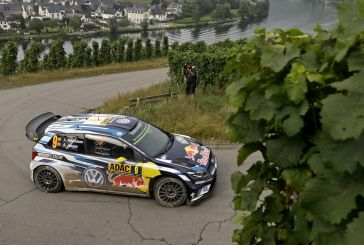 Mikkelsen ahead of Ogier – Volkswagen one-two on day one at Rally Germany